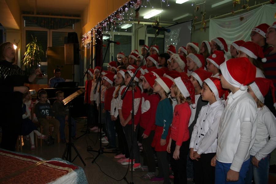 2016-12-23_peoslava-ples_0003