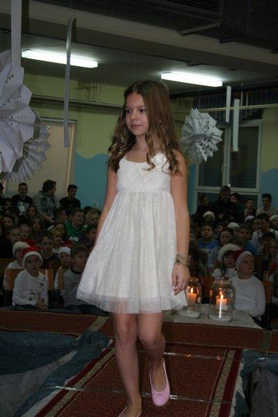 2016-12-23_peoslava-ples_0015