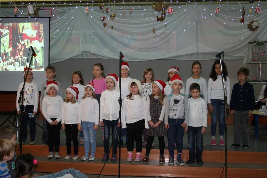 2016-12-23_peoslava-ples_0030