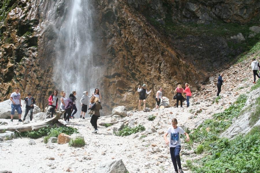 2017-06-08-ekskurzija-7r-logarska-dolina-0002