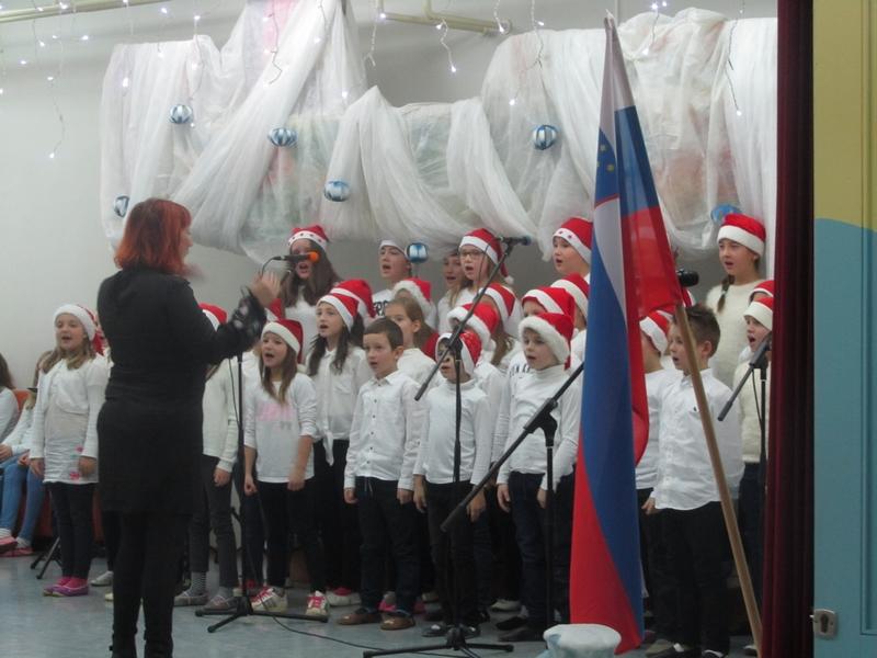 2017-12-22-proslava-0015